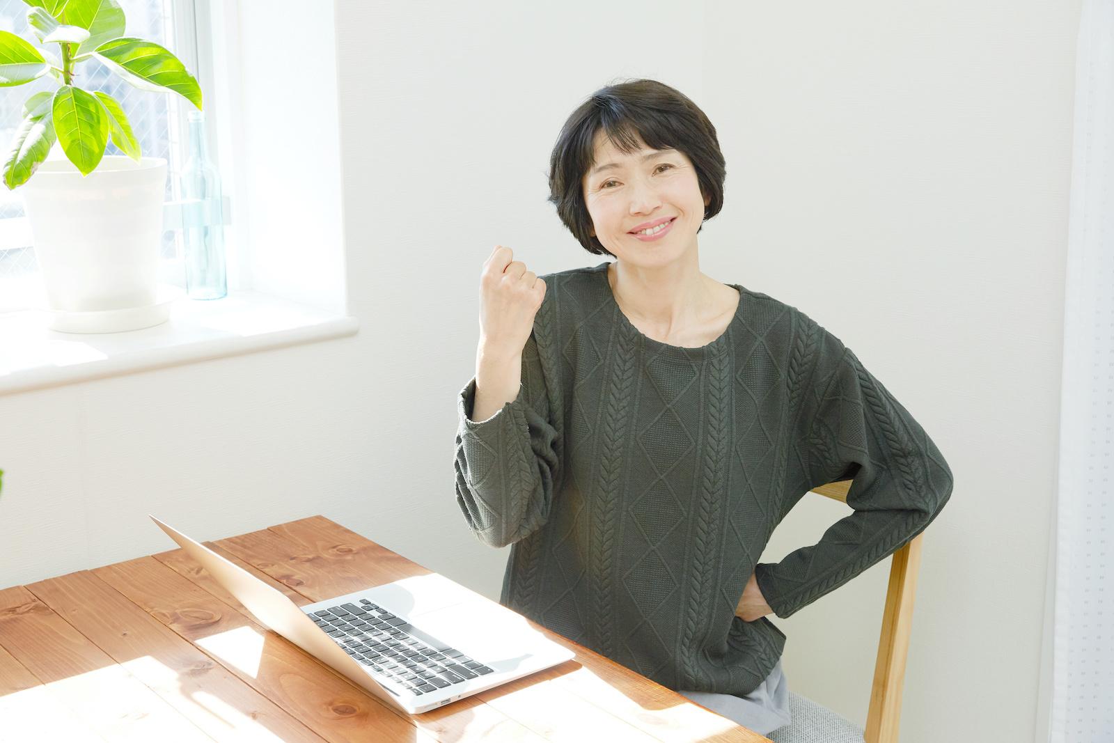 プログラミングを学ぶ40代女性
